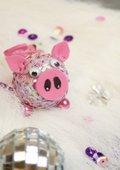 Glücksschwein mit Pailletten