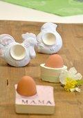 Eierbecher aus Reliefmasse
