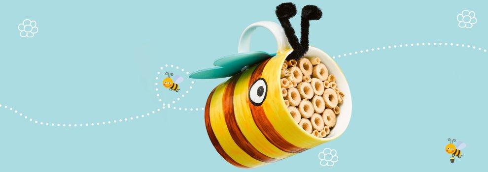 Bienenhotel in der Tasse