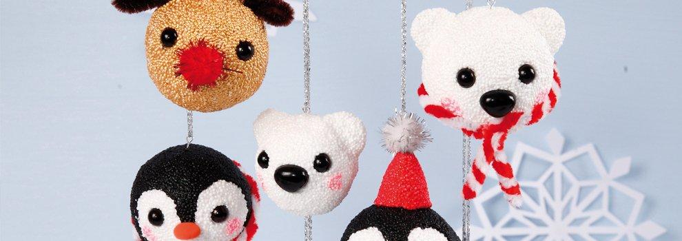 Süße Weihnachtskugeln mit Foam-Clay