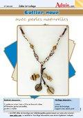 Collier noué avec perles naturelles
