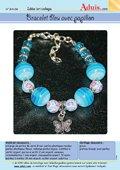 Bracelet bleu avec papillons