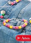 Bracelet avec perles plastiques
