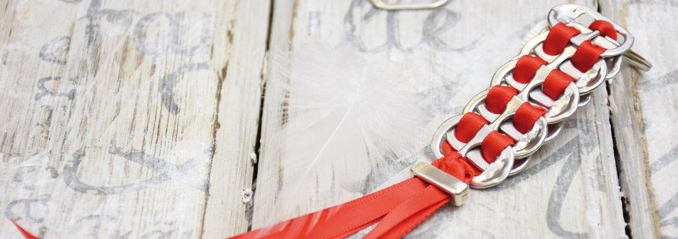 Porte-clés avec des goupilles de canettes