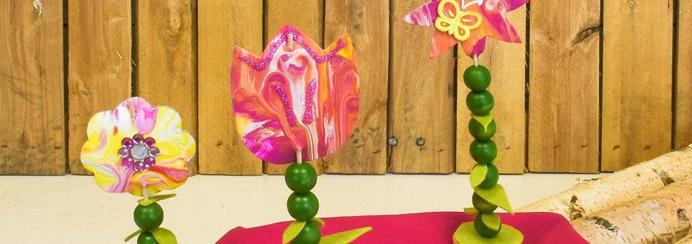 Pouring : Présentoirs de fleurs