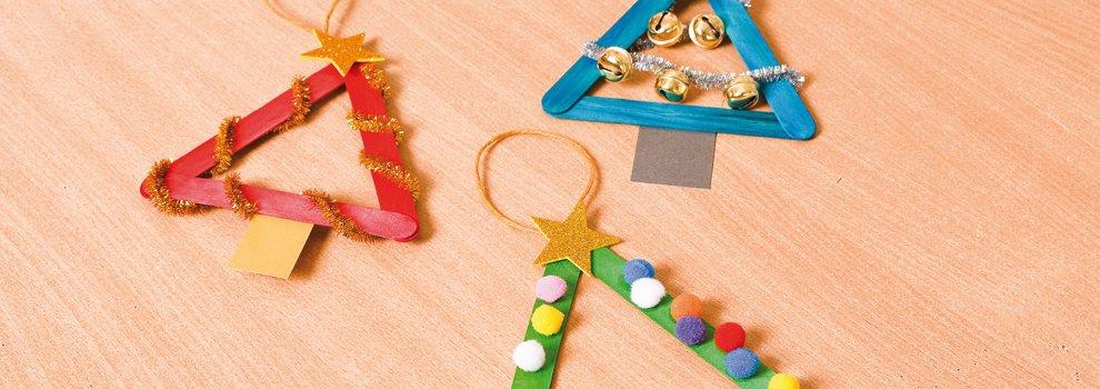 Sapins de Noël multicolores