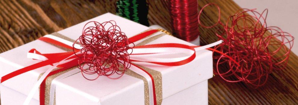 Suspensions de Noël - Boule en fil alu