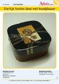 Sierlijk houten doos met koudglazuur