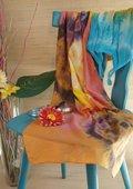 Kleurrijke sjaal in batikoptiek