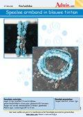 Speelse armband in blauwe tinten