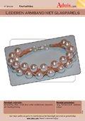 Lederen armband met glasparels