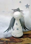 Tempex engel met metalen vleugels