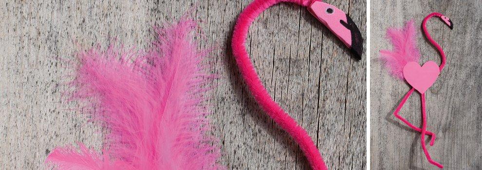 Flamingo gemaakt van chenilledraad