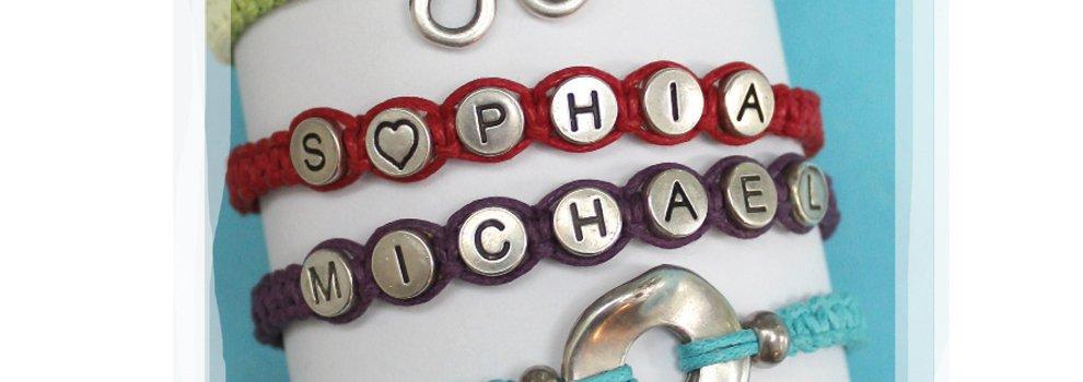 Kleurrijke armbanden