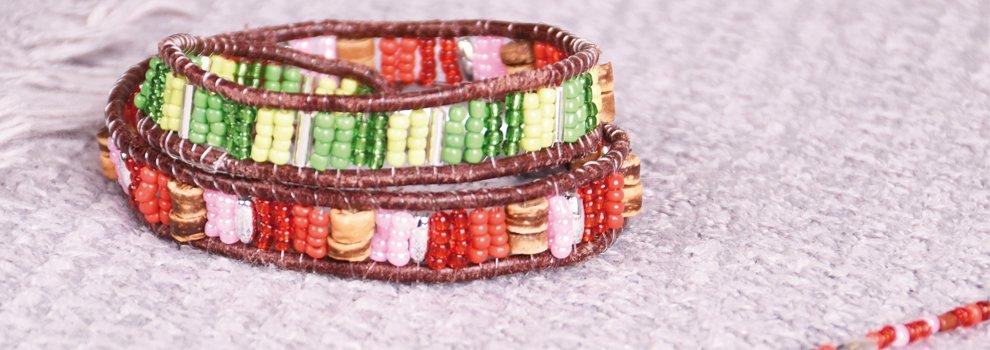 Kleurrijke wikkelarmband
