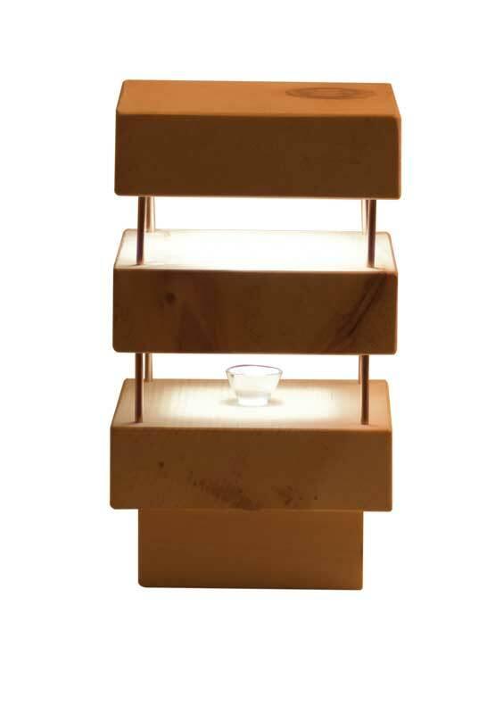 Nachttischlampe aus Zirbenholz