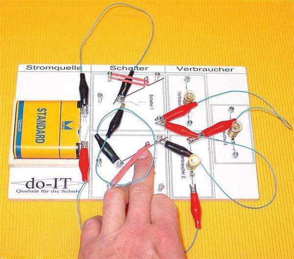Elektro bouwdoos met acht schakelingen