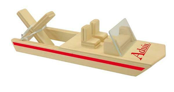 La puce d'eau, bateau propulsé par élastique