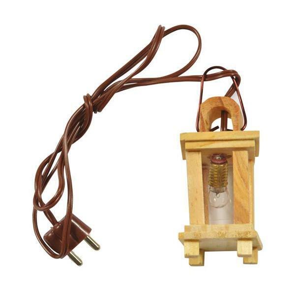 Lanterne en bois avec vitre transparente