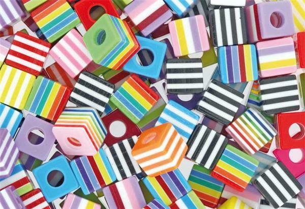 Kunststof kralen kubus - 100 g