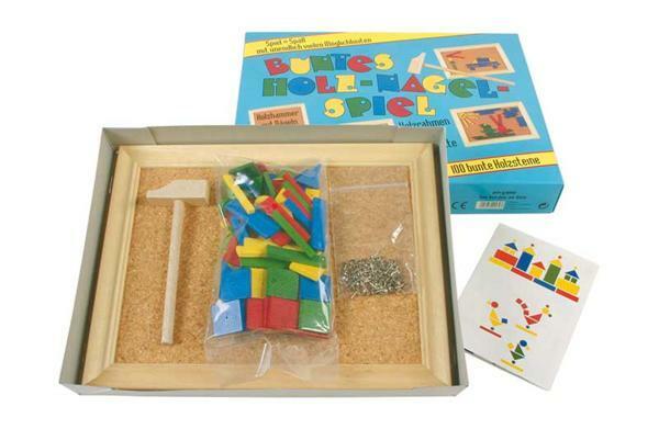 Jeu de clous, 100 briques en bois multicolore