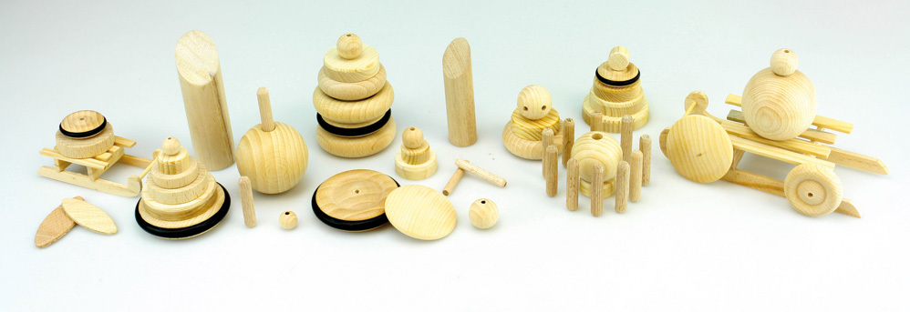 Bastelmaterialien aus Holz
